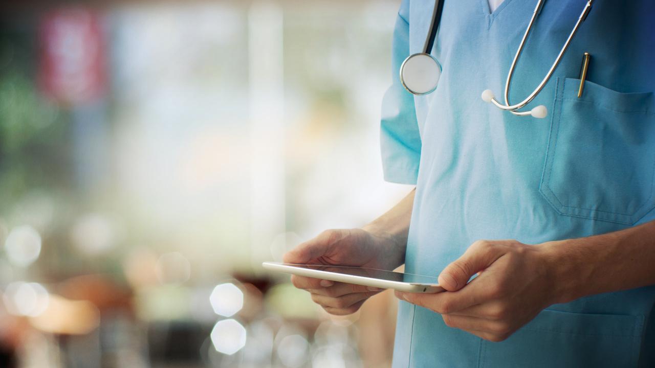 Nordea och ABN Amro räknar med bred coronavaccinering under tredje kvartalet 2021
